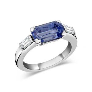 Bague Orligne en or blanc 18K avec saphir bleu clair taille émeraude et diamants blancs baguettes VVS, Swiss Made Orligne Genève BA110418-ORL