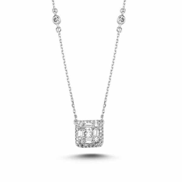 Collier Marylin en argent rhodié 925, centre pendentif serti de cubics zirconiums baguettes. Orligne Genève N1912WW-KHA-1