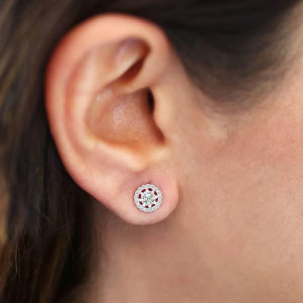 Puces d'oreilles Marylin en argent 925 serti de cubics zirconium Orligne Genève E1398WW