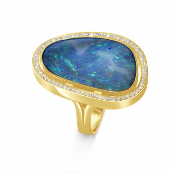 bague-en-or-jaune-18k-opale-noble-et-diamants-swiss-made-Orligne Genève ba110520