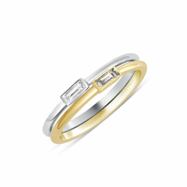 Bague Iris en or blanc ou jaune 750/1000, solitaire diamant baguette serti clos. Orligne Genève R4312WG-IND+ R4312RG-IND